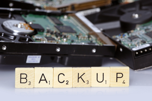 Photo de backup par Tim Reckmann sous licence Creative Commons
