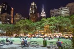 Photo du Bryant Park de nuit