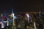 Photo des buildings de New York depuis l'Empire State Building de nuit